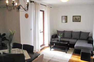 Srebreno, Living room in the apartment, dostupna klima i WIFI.