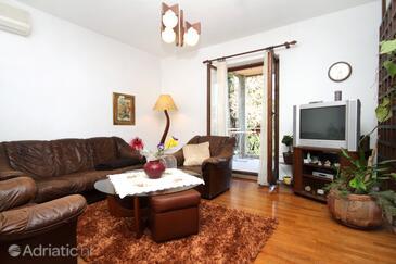 Cavtat, Living room in the apartment, dostupna klima, dopusteni kucni ljubimci i WIFI.