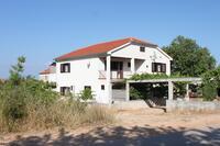 Апартаменты с парковкой Sali (Dugi otok) - 910