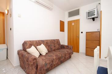 Molunat, Living room in the apartment, dostupna klima i WIFI.