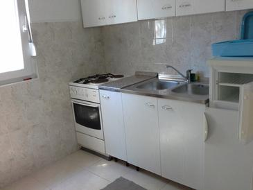 Sali, Kitchen in the apartment, (pet friendly).