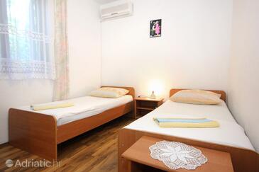 Zaton Mali, Bedroom in the room, dostupna klima, dopusteni kucni ljubimci i WIFI.