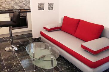 Kneža, Sala de estar in the apartment, (pet friendly) y WiFi.