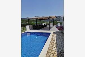 Apartmány s bazénom pri mori Kneža (Korčula) - 9130