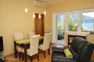 Dining room    - A-9132-a