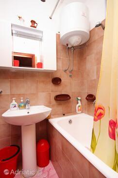 Bathroom    - A-9140-b