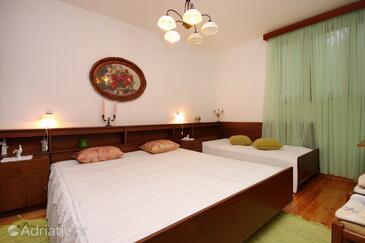 Bedroom    - A-9140-b