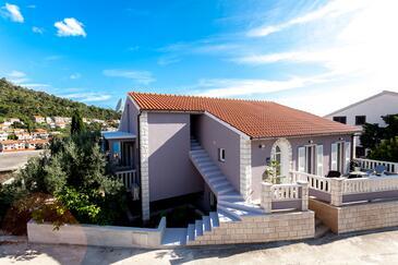 Brna, Korčula, Objekt 9147 - Ubytování v blízkosti moře s písčitou pláží.