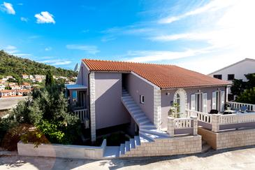 Brna, Korčula, Property 9147 - Apartments near sea with sandy beach.
