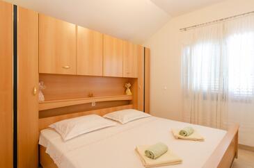 Bedroom    - A-9162-b