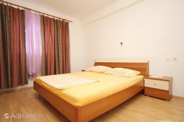 Bedroom    - A-9164-a