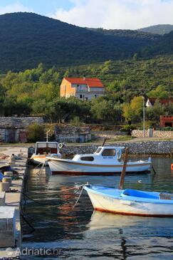 Kneža, Korčula, Объект 9164 - Апартаменты вблизи моря с галечным пляжем.