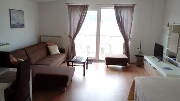 Primošten, Obývací pokoj v ubytování typu apartment, dostupna klima i WIFI.