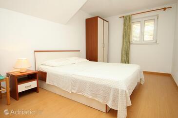 Bedroom    - A-9171-b