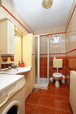 Bathroom 3   - A-9173-a