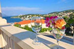 Apartments by the sea Lumbarda (Korčula) - 9183