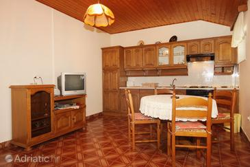 Brna, Dining room in the apartment, WiFi.