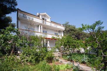 Brodarica, Šibenik, Objekt 919 - Ubytování v blízkosti moře s oblázkovou pláží.