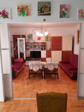 Trogir, Living room in the apartment, air condition available and WiFi.