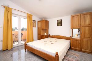 Апартаменты с парковкой Каштел Штафилич - Kaštel Štafilić, Каштела - Kaštela - 9211