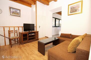 Žrnovo, Living room in the apartment, dopusteni kucni ljubimci i WIFI.