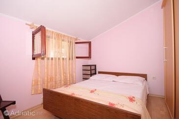 Bedroom    - A-9228-b