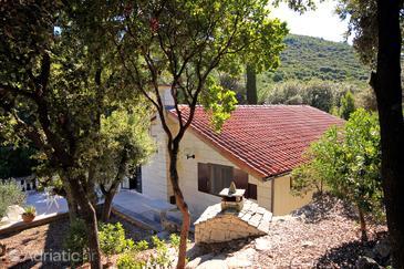 Žrnovska Banja, Korčula, Objekt 9232 - Kuća za odmor blizu mora.