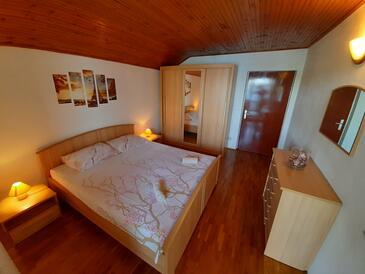 Bedroom    - A-9236-b
