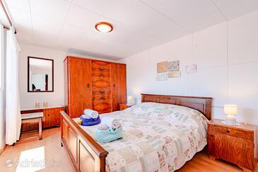 Bedroom    - A-9239-a