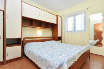 Bedroom    - A-9244-a