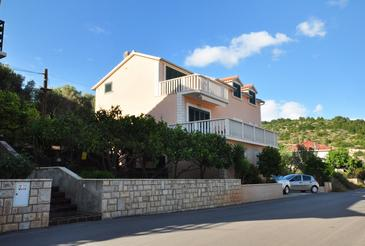 Vela Luka, Korčula, Property 9244 - Apartments near sea with pebble beach.