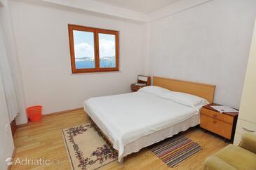 Ražanj, Bedroom in the room, dopusteni kucni ljubimci.