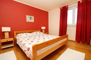 Bedroom    - A-9260-a