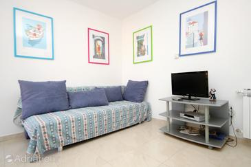Korčula, Living room in the apartment, (pet friendly) and WiFi.