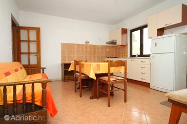 Kneža, Dining room in the apartment, air condition available and WiFi.