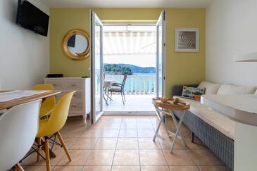 Gradina, Salle à manger dans l'hébergement en type apartment, WiFi.