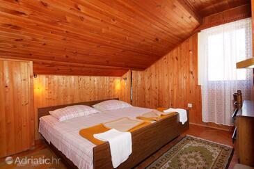 Bedroom    - A-9275-a