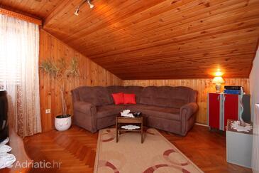 Brna, Obývací pokoj v ubytování typu apartment, WiFi.