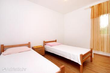 Bedroom 2   - K-9282