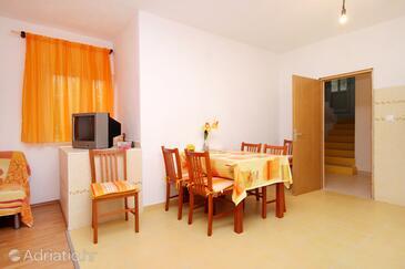 Dining room    - K-9282