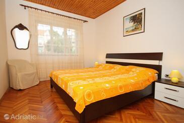 Bedroom 2   - K-9296
