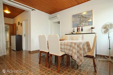 Dining room    - K-9296