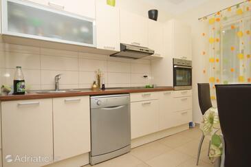 Kitchen 2   - K-9296
