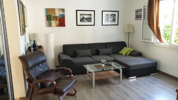 Living room 2   - K-9296