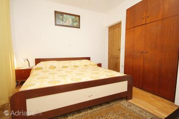 Lumbarda, Bedroom in the room, dopusteni kucni ljubimci.