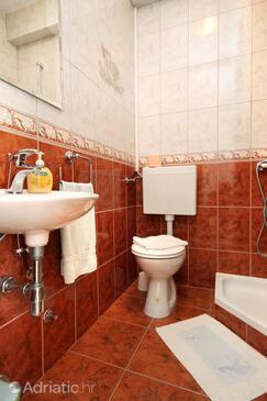 Bathroom 2   - A-9300-a