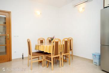 Dining room    - A-9300-a