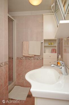 Bathroom    - A-9303-b