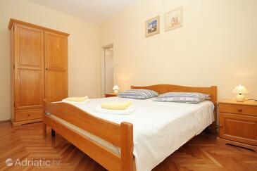 Bedroom    - A-9303-b