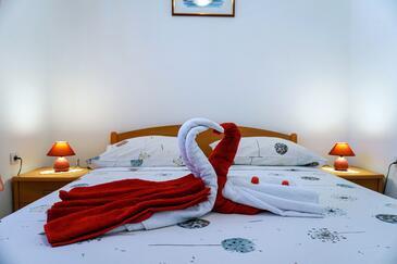 Bedroom    - A-9325-b